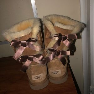 Women's Size 9 Bailey UGG boots